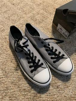 Men's Converse Tennis Shoes 11 D New